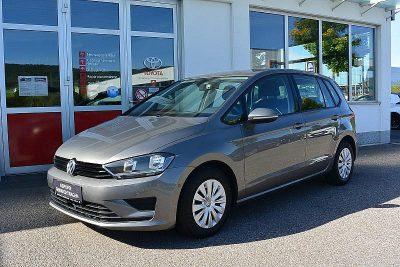 VW Golf Sportsvan 1,6 TDI Austria bei Autohaus Feichtmayr in